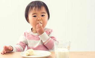 児童給食事業